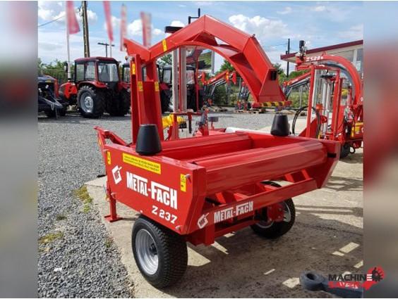 Mașină de înfoliat baloți cu auto-încărcare, Metal-Fach Z237, nou