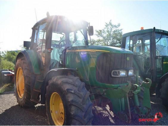 Tractor agricol John Deere 6620 din 2004