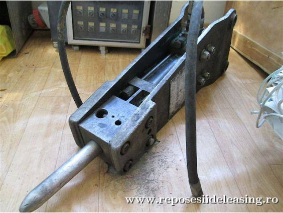 Ciocan hidraulic Montabert HM 260