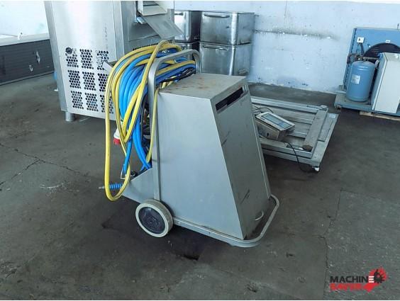 Stație de igienizare Foamico MO 0122 D din 2010