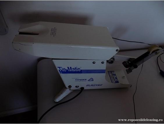 Dispozitiv pentru sigilat pungi de plastic TIE-MATIC Mark III