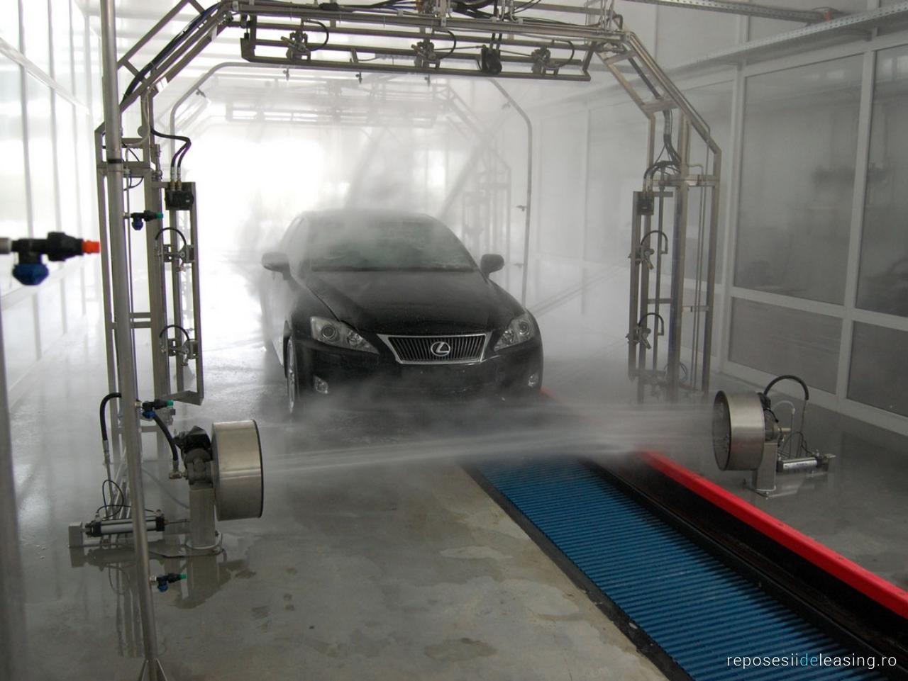 Conveyor Tunnel Car Wash System Hanna With Pdi Belt