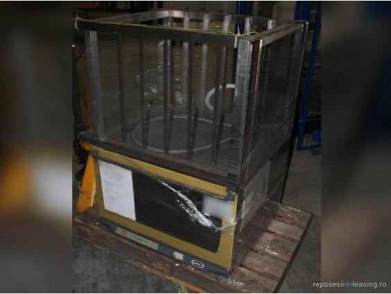Cuptor de patiserie cu loc de depozitat UNOX XF195 din 2007