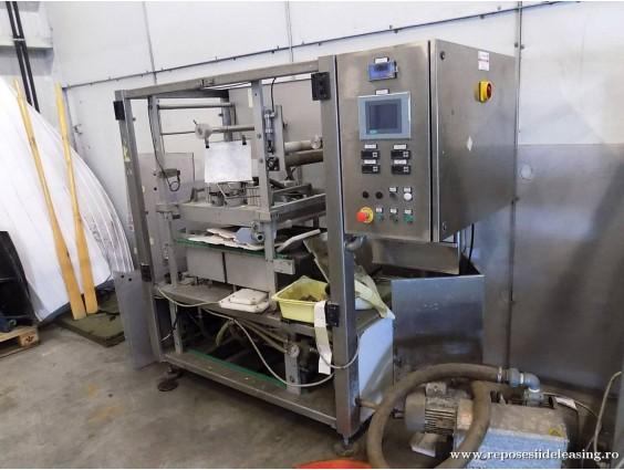 Linie automată de ambalat produse alimentare Polaris Vac Duet 100 din 2006