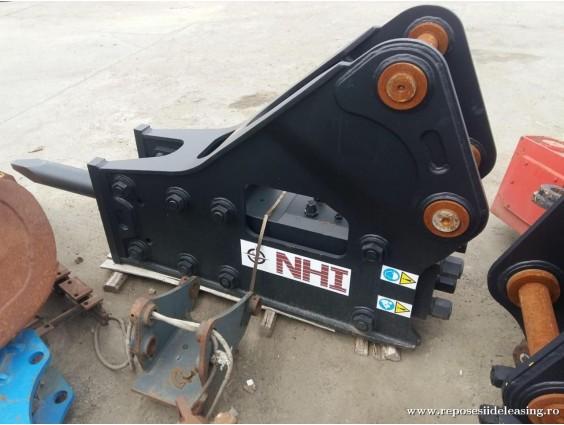Ciocan hidraulic Nippon Hammer Industries HH-135 din 2018