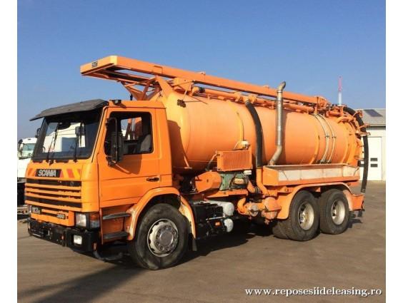 Scania P116HL cu vidanja Mueller-Faun 13mc si voma