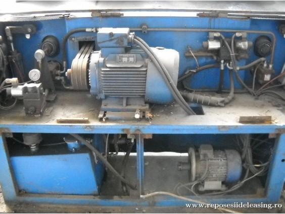 Mașină de aliniat și tăiat bare de fier-beton KIKLOPS GALANOS GRAMMI 100