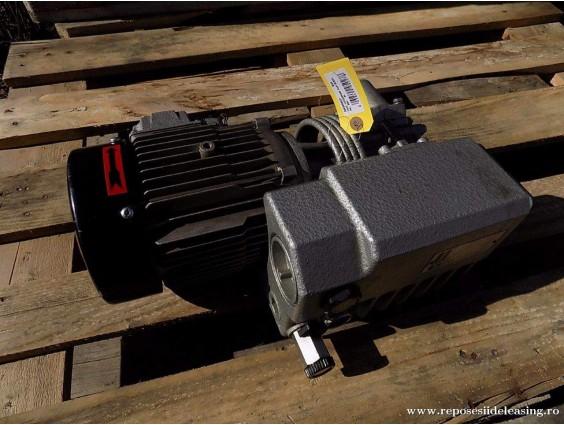 Pompa de vacuum BUSCH RA 0021